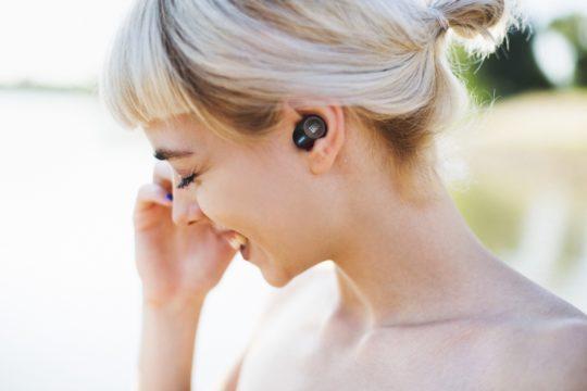 Vorschaubild für Der True Wireless-Kopfhörer JBL Tune 120TWS