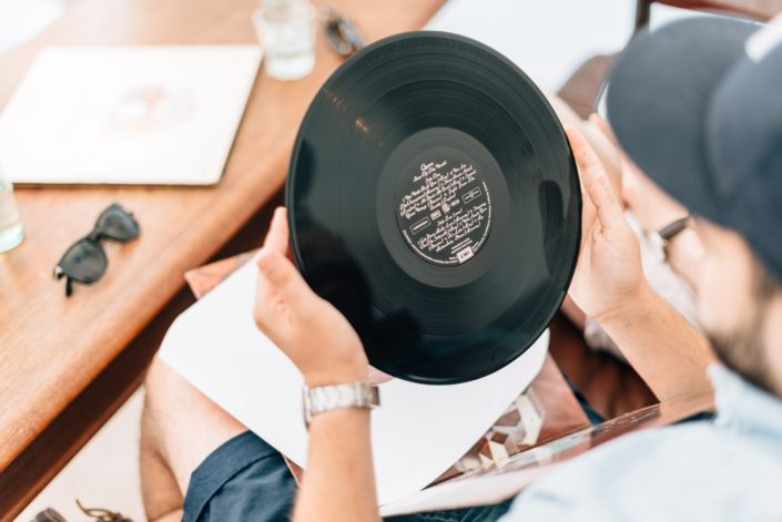 Zustand gebrauchter Schallplatten erkennen