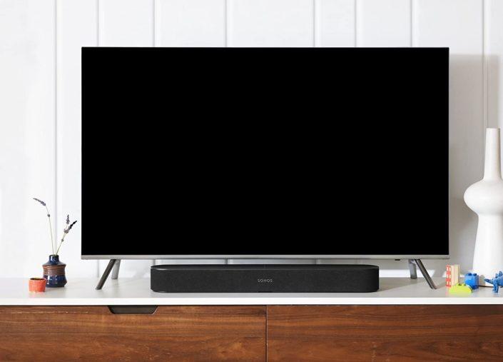 Die Sonos Beam bietet nicht nur bei Filmen und Serien guten Klang, sondern punktet auch mit Streaming-Funktionen