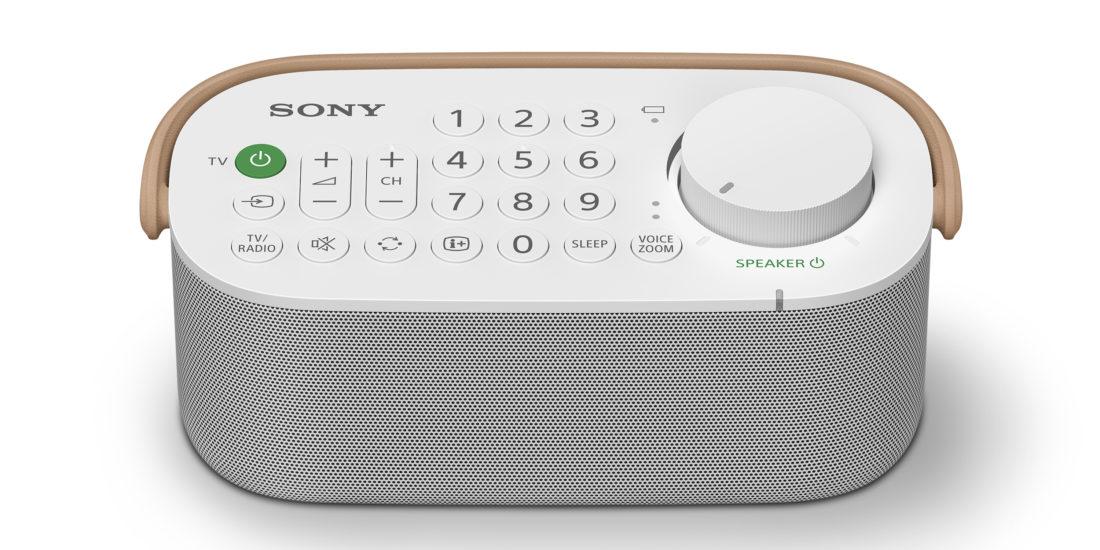 Der Lautsprecher Sony SRS-LSR200 schräg von oben mit Blick auf das Bedienfeld.