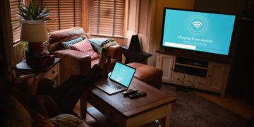 Laptop mit Fernseher verbinden: So geht?s!