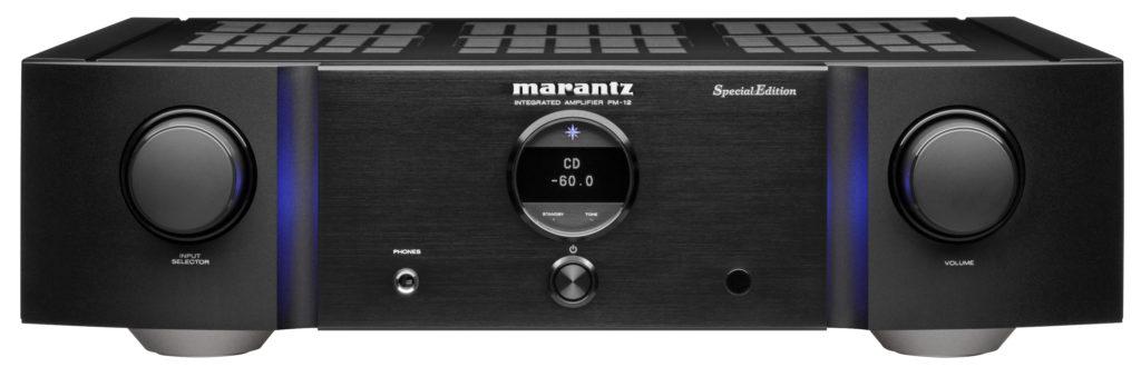 Der SACD-Player Marantz SA-12SE in Schwarz.
