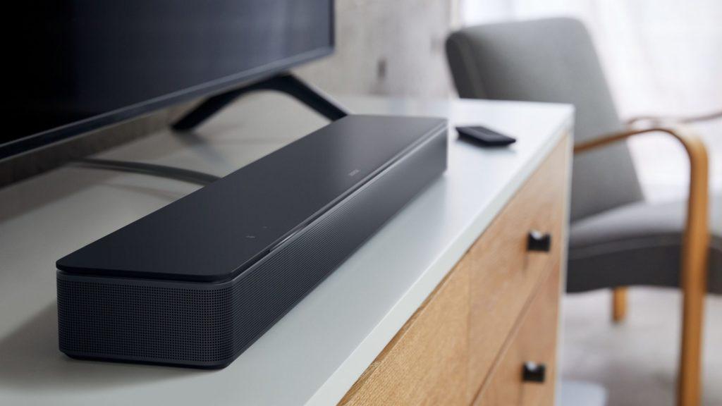 Die Bose Smart Soundbar 300 will mit ihren Zusatzfunktionen locken