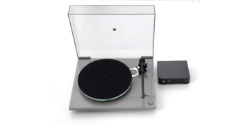 Rega-TAD-Plattenspieler zum 20-jährigen Jubiläum von TAD-Audiovertrieb