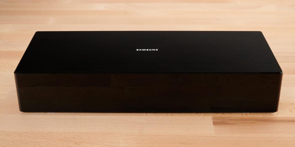 SAMSUNG QLED Q95T One Connect Box