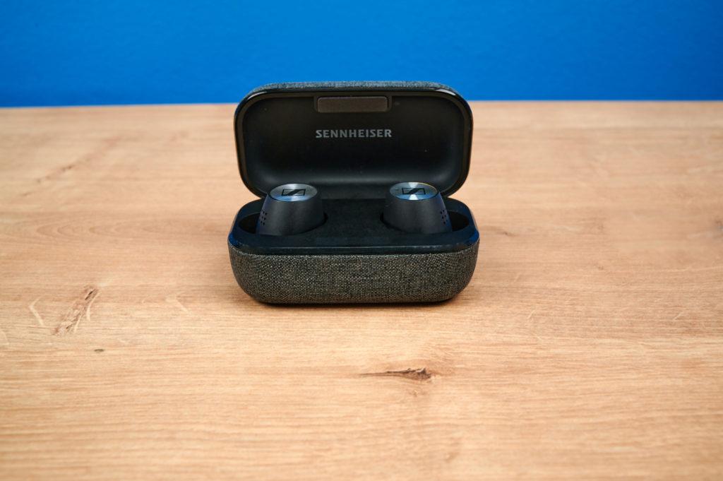 Die Sennheiser Momentum True Wireless im Ladecase