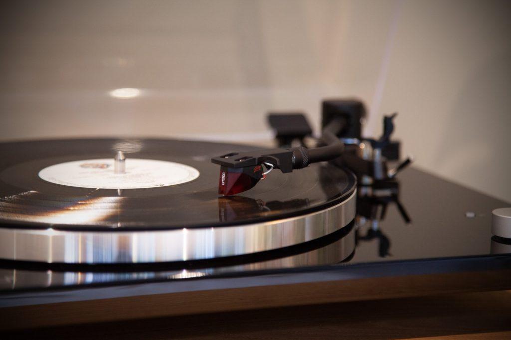 Detailansicht Sonoro Platinum Ortofon 2M Red