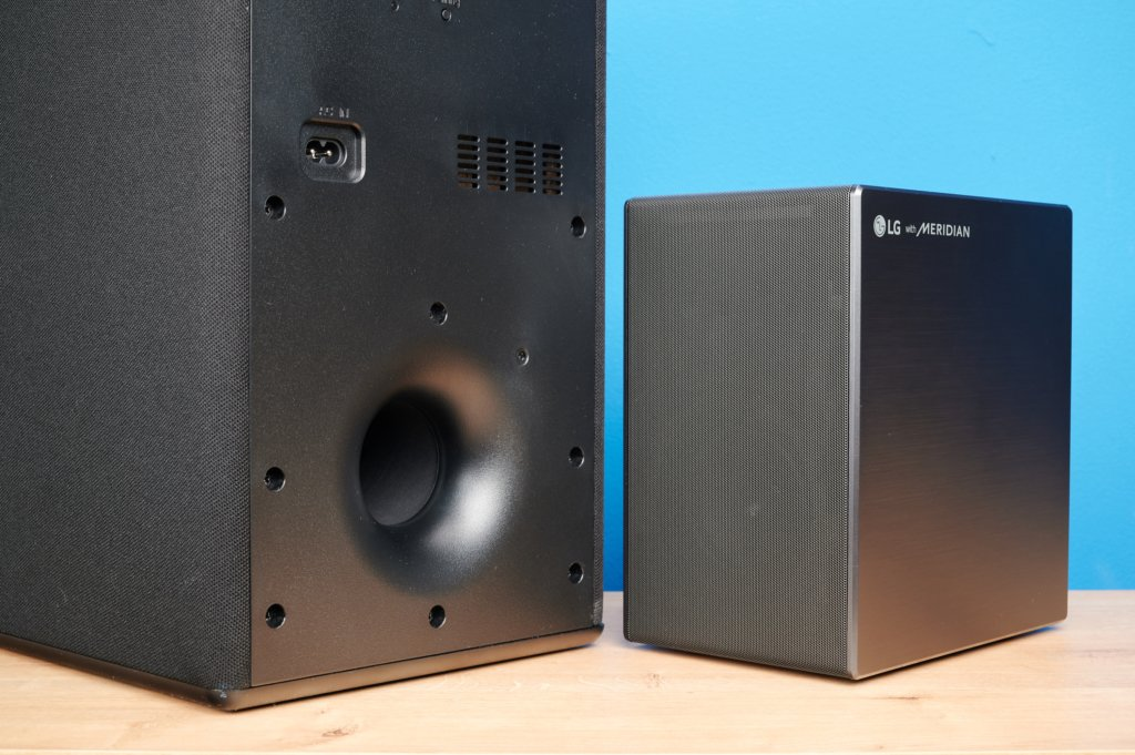LG Soundbar DSN11RG Sub+Rear