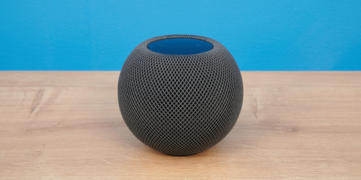 Apple HomePod mini frontal
