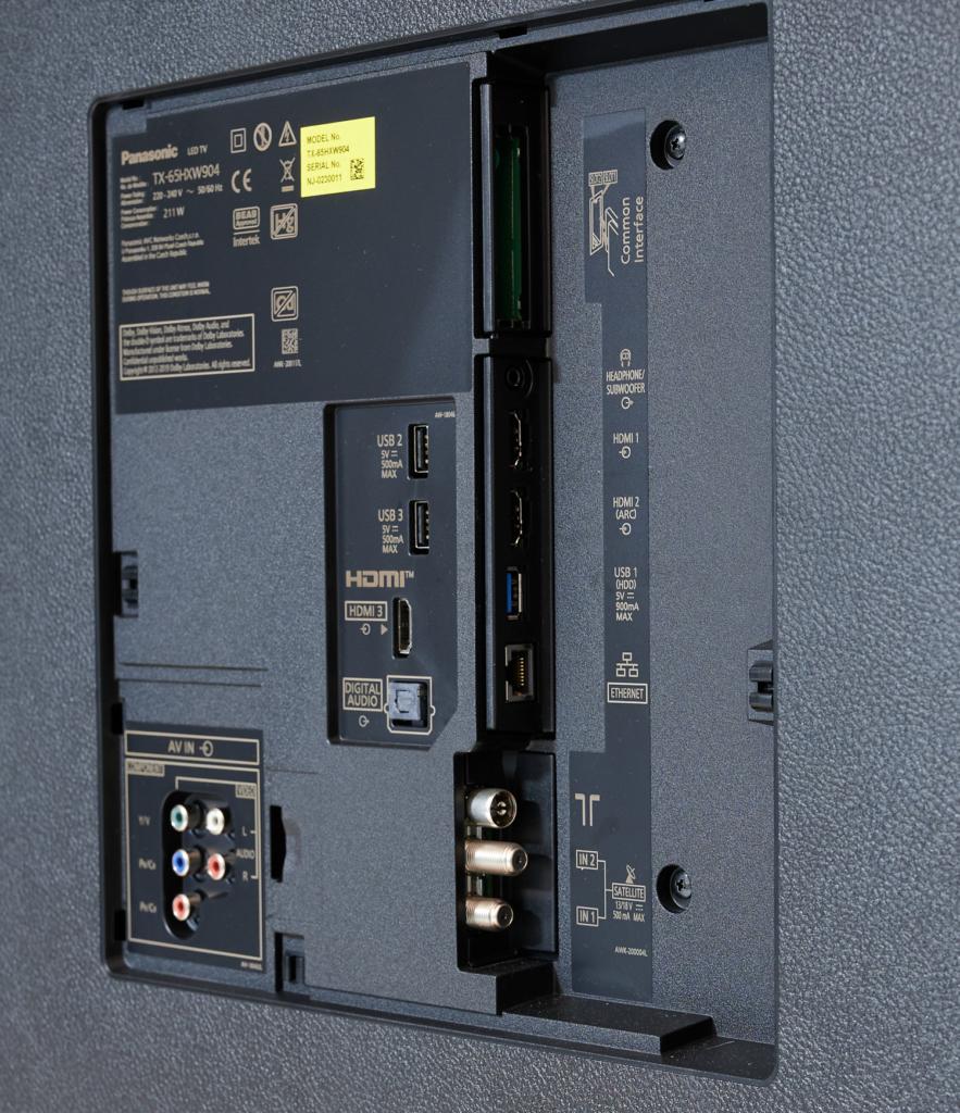 Anschlüsse beim Panasonic HXW904