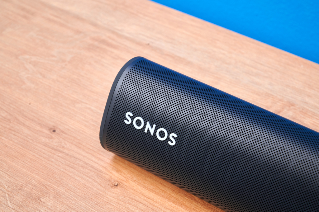 Sonos Roam Detail liegend