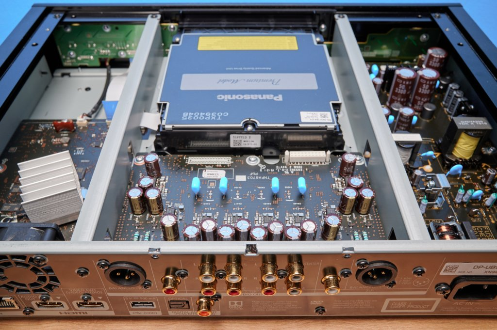 Innenansicht des UB9004 von Panasonic