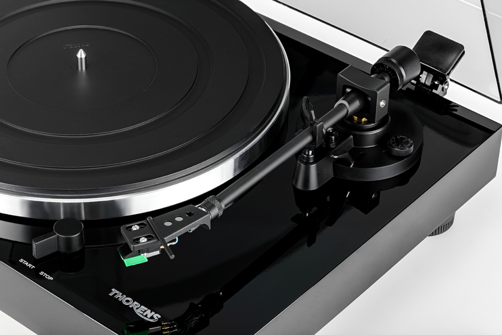 Thorens TD 202 - Tonarm mit Audio-Technika AT-95E