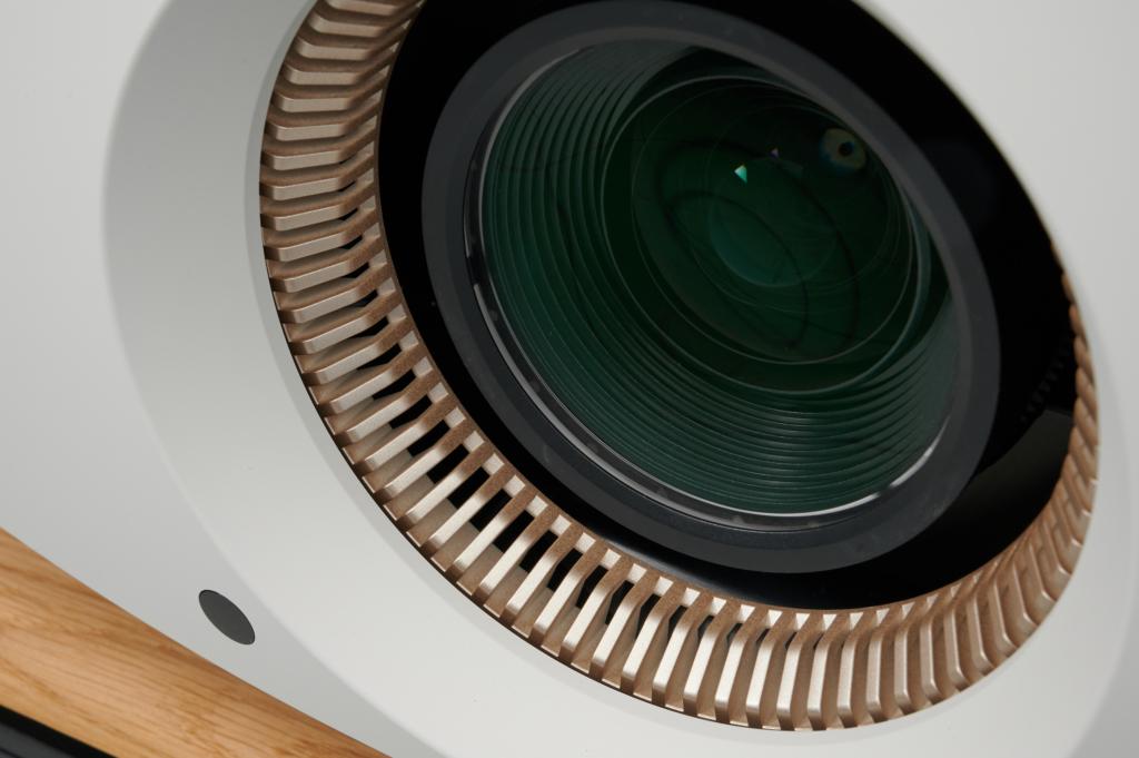Heimkinobeamer Sony VPL-VW590ES - Objektiv