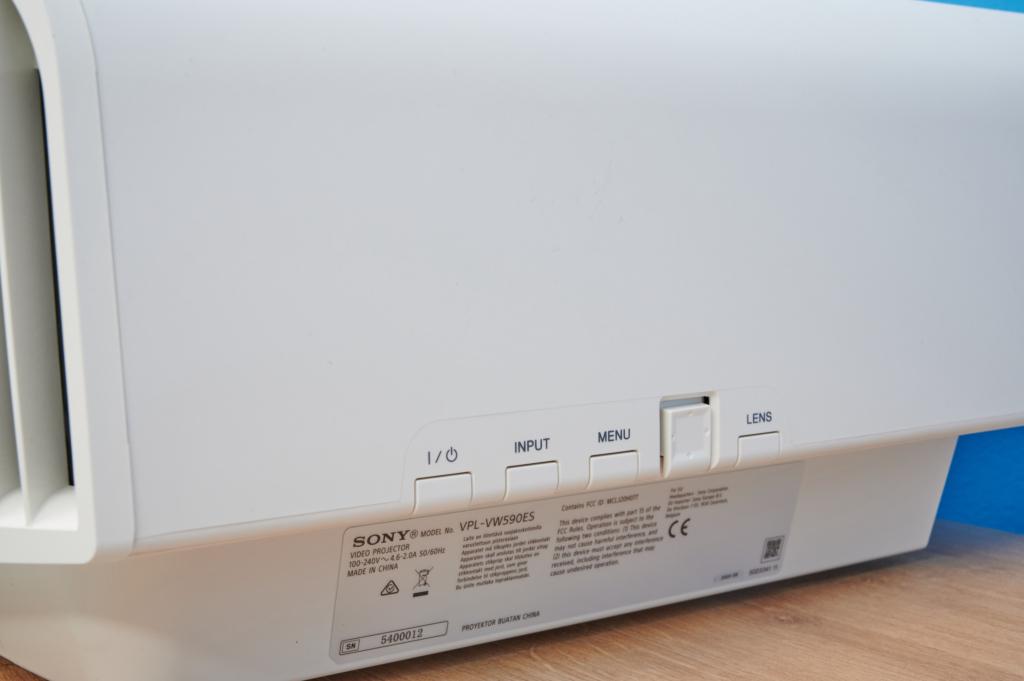 Heimkinobeamer Sony VPL-VW590ES - Bedienung