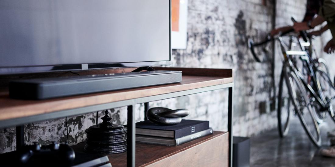 Soundbar und Fernseher