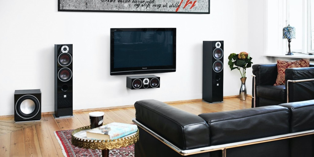 Einen AVR kannst du mit einem eigenen Lautsprecher-Set-up verwenden - hier z. B. die Dali Zensor.