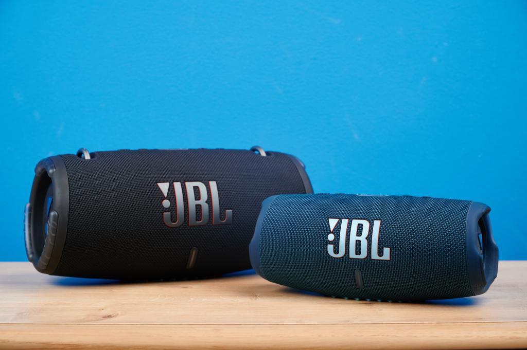 JBL Xtreme3 und Charge 5 nebeneinander
