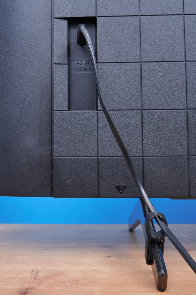 Sony X90J Kabelführung