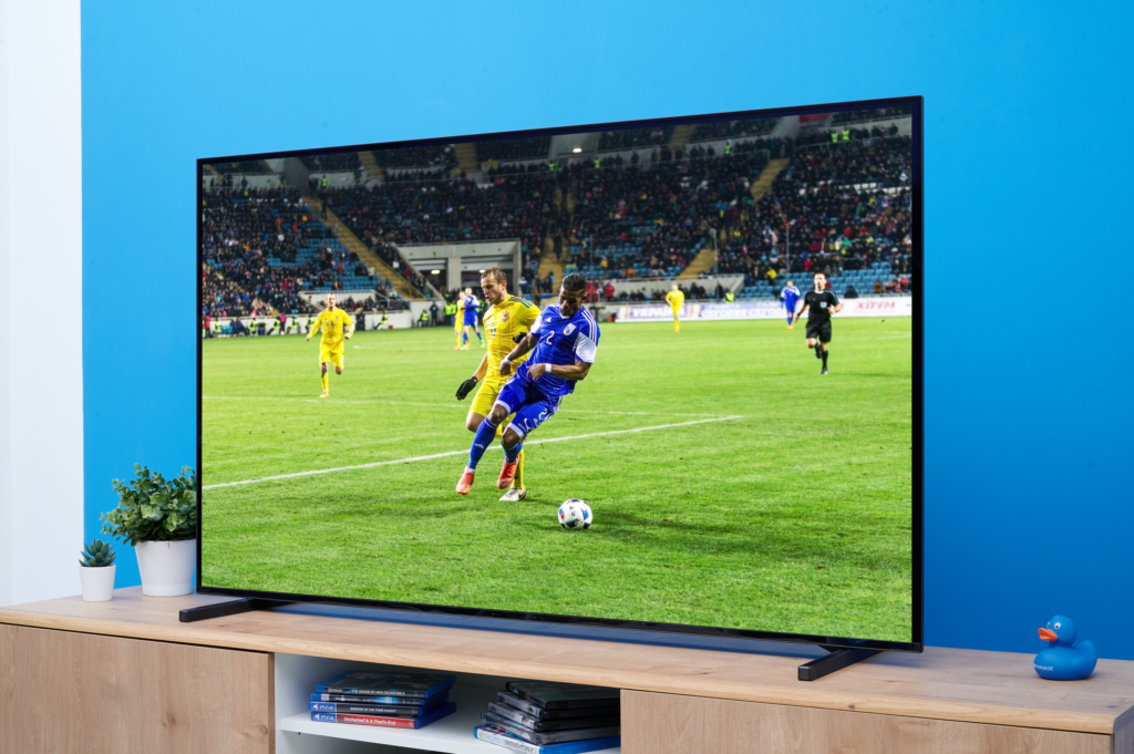 Fußball auf dem Sony OLED A80J