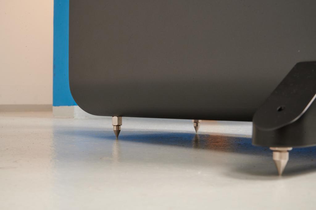 Q Acoustics 3050i Spikes