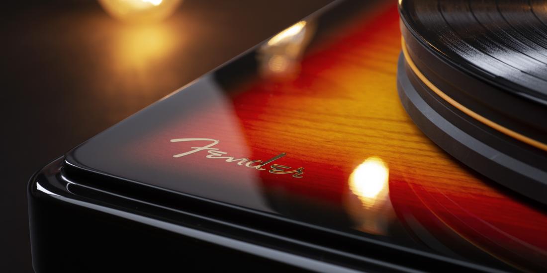 Fender x MoFi PrecisionDeck Titel