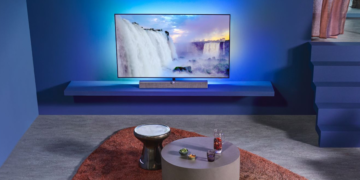 Philips OLED935: TV mit perfektem Schwarz aktuell doppelt reduziert